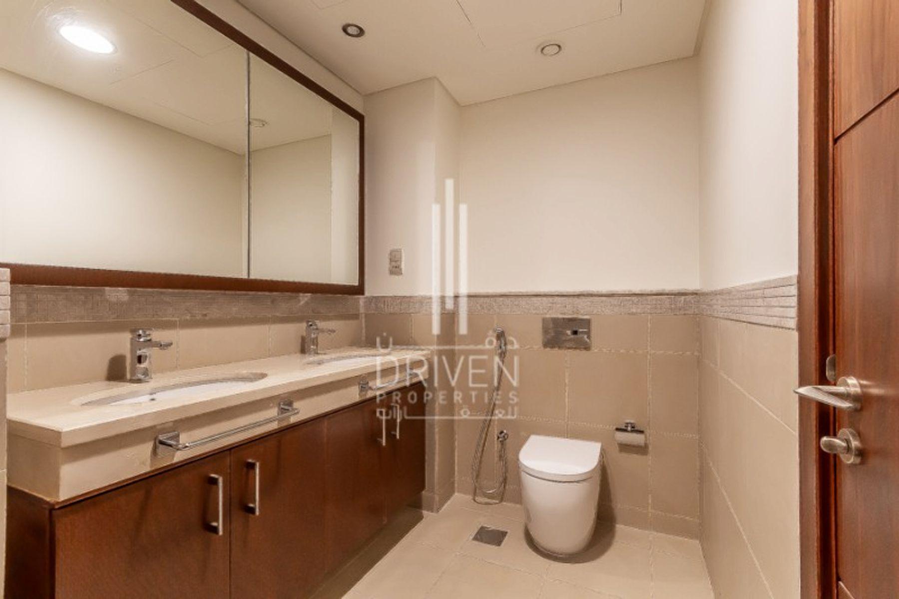Apartment for Sale in Burj Vista 2 - Downtown Dubai