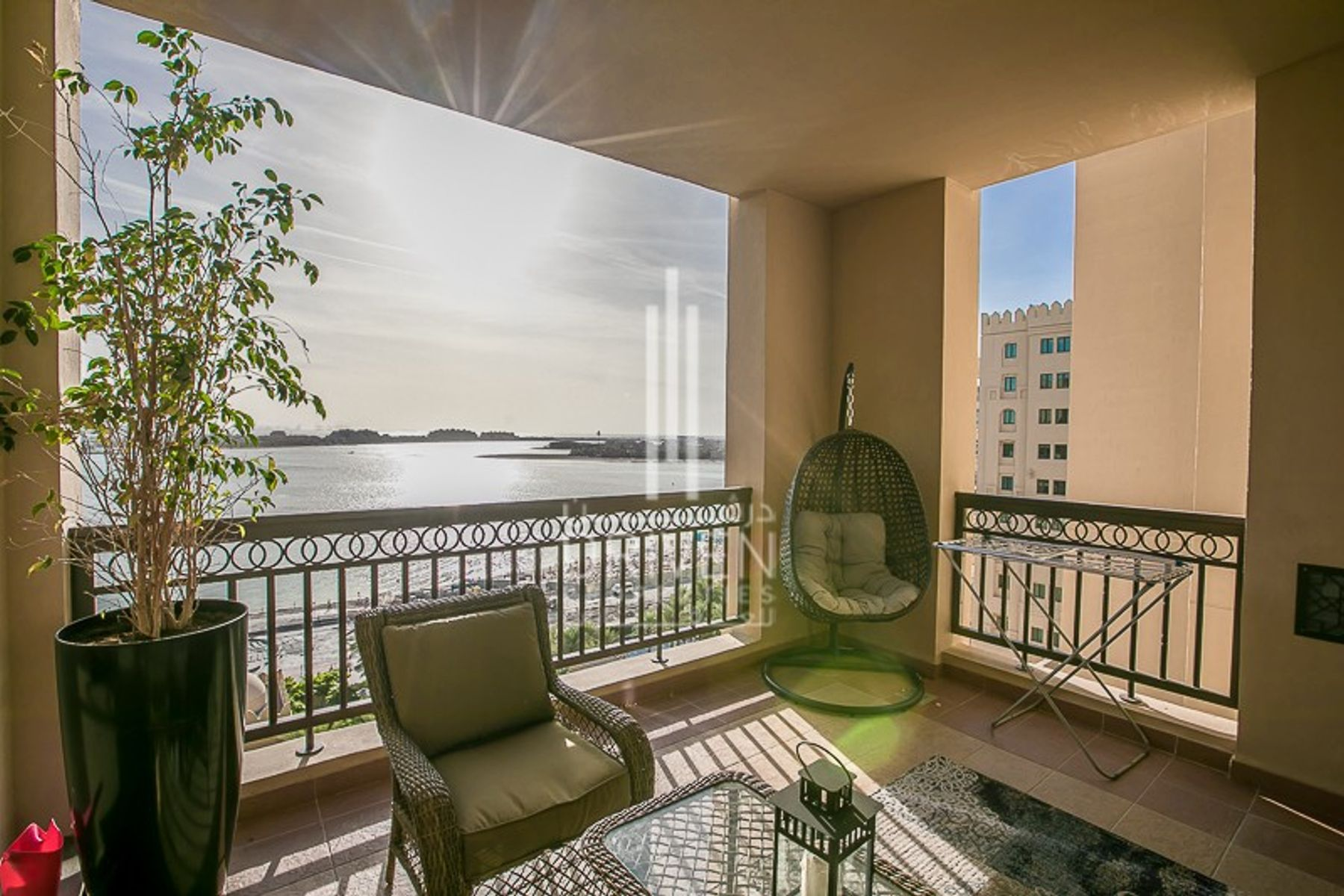 Beautiful 2 BR Apartment | Full Sea View