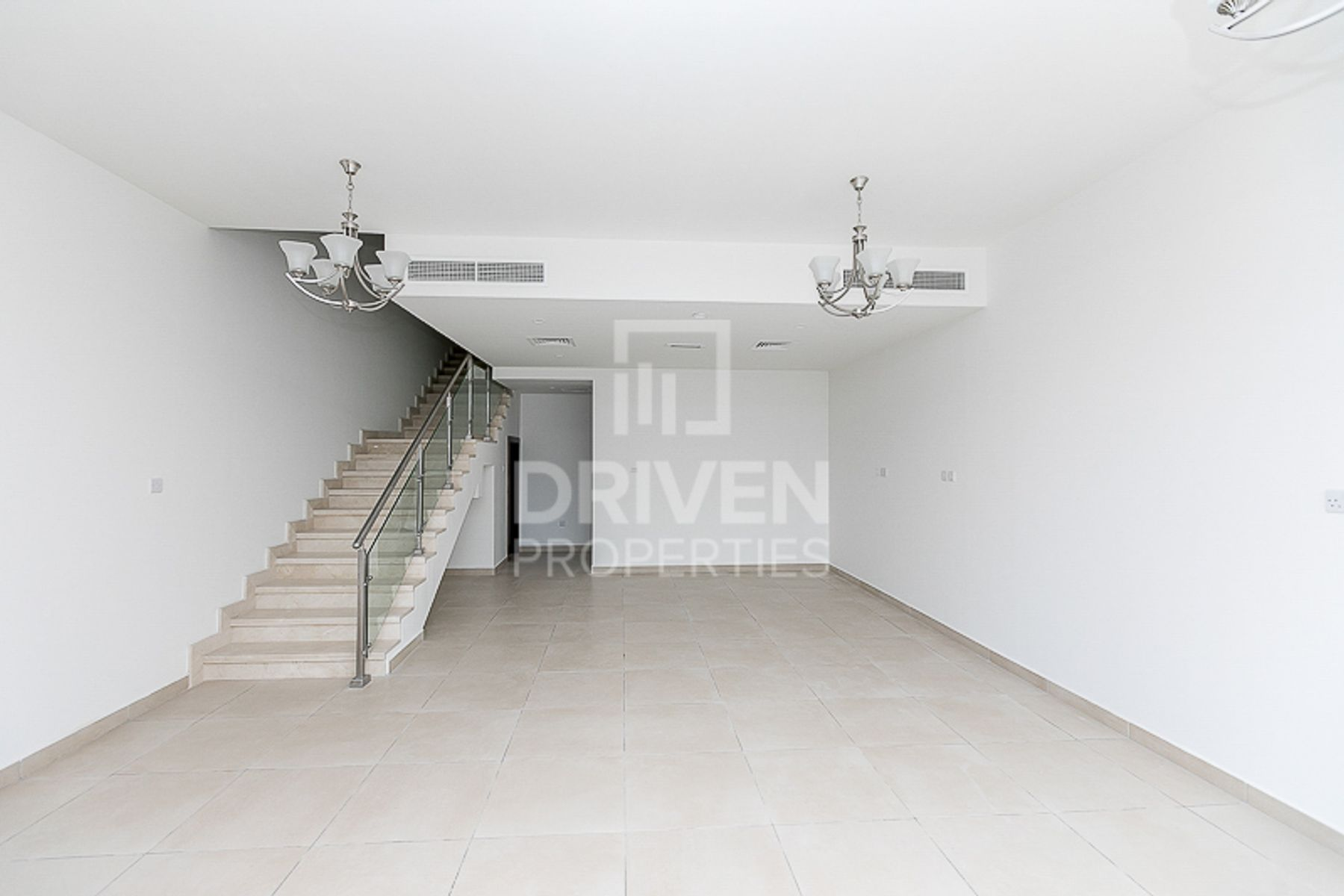 Well-Kept Townhouse   Available on August