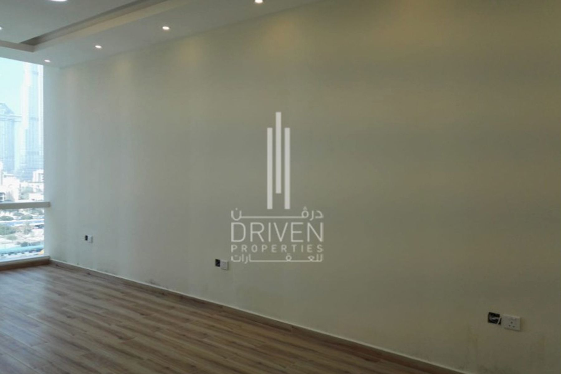 Office for Rent in Tamani Art Tower, Business Bay