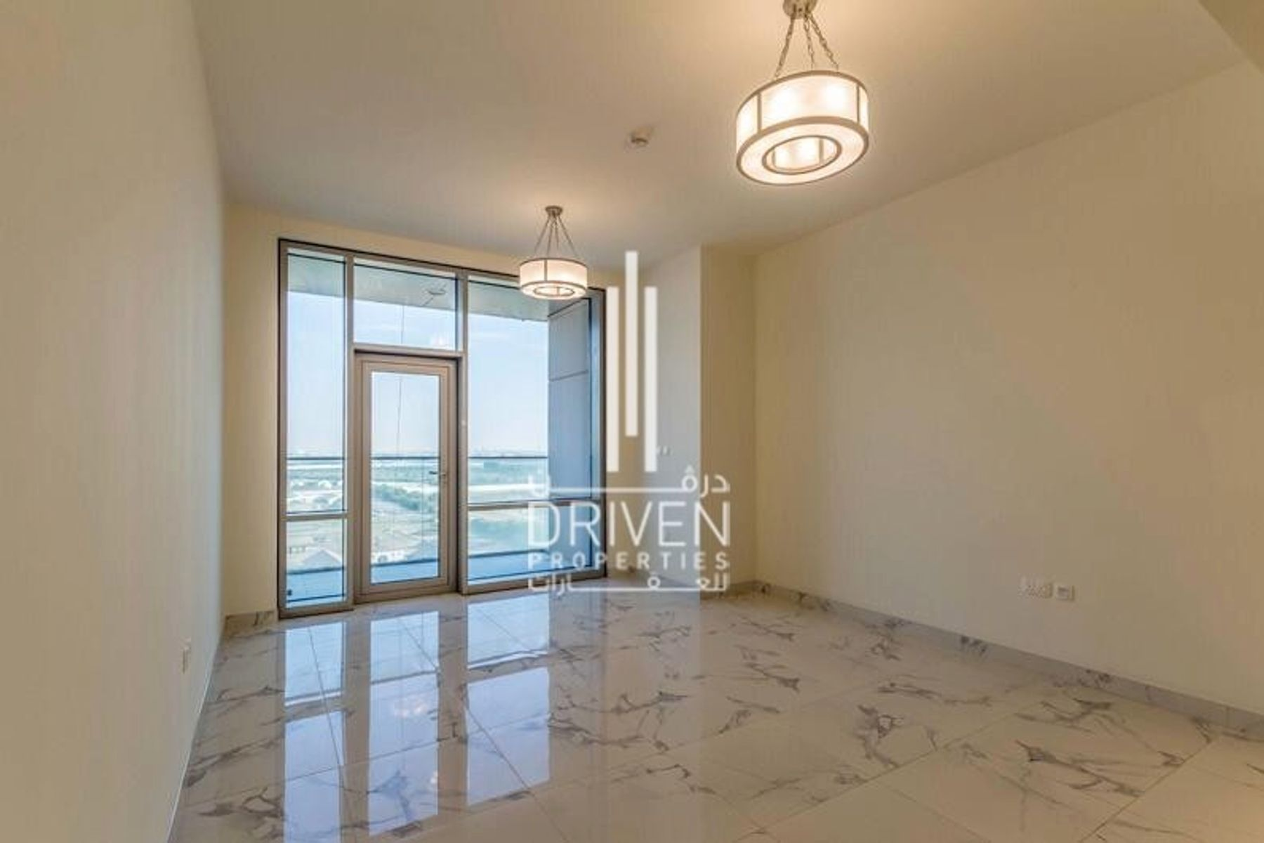 Duplex Apt with Amazing Sea and Canal Views