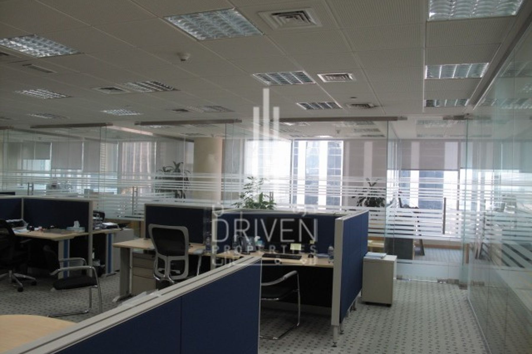 Spacious fully fitted office in Emaar square