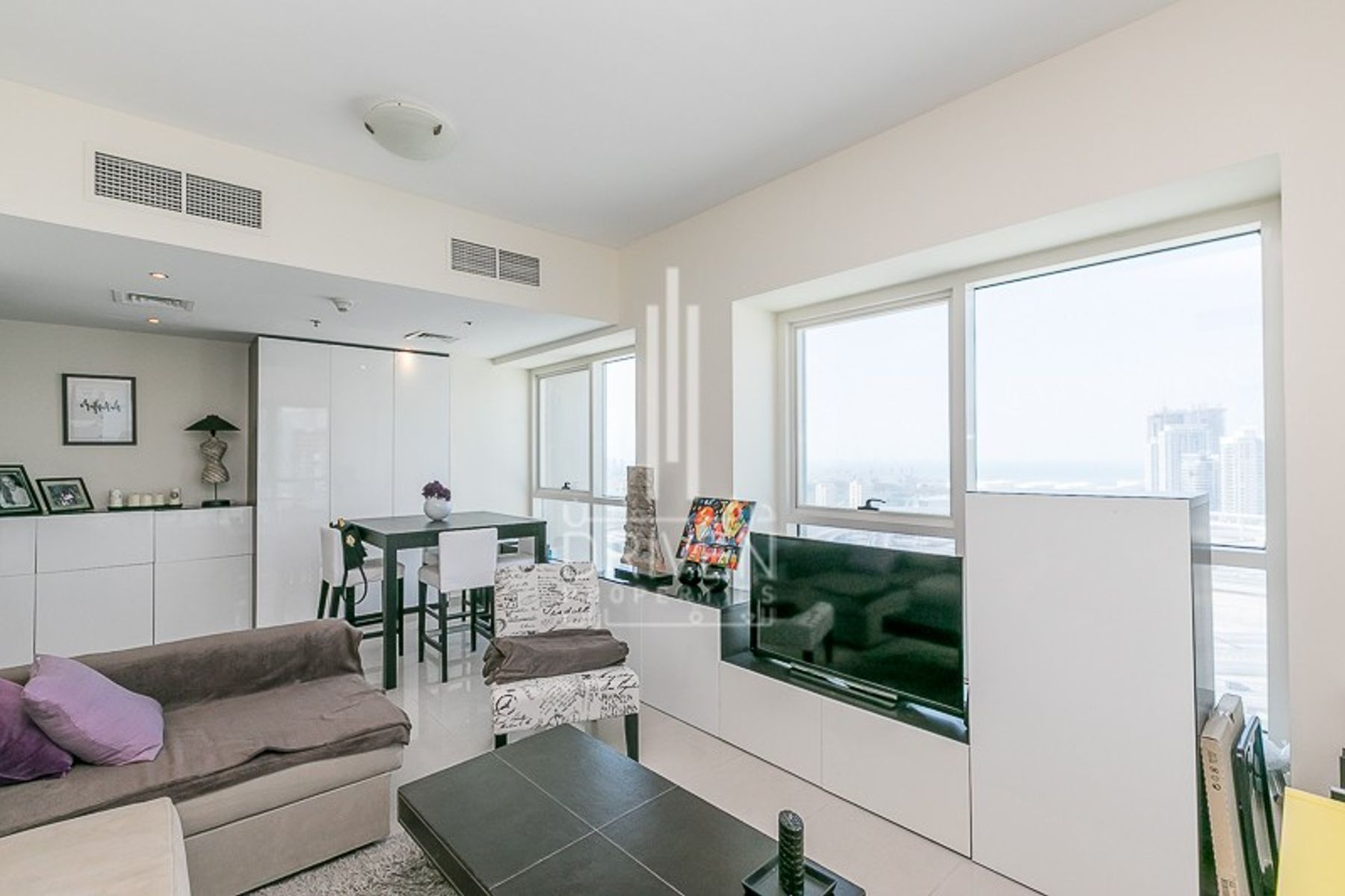 Apartment for Sale in Lake Point Tower, Jumeirah Lake Towers