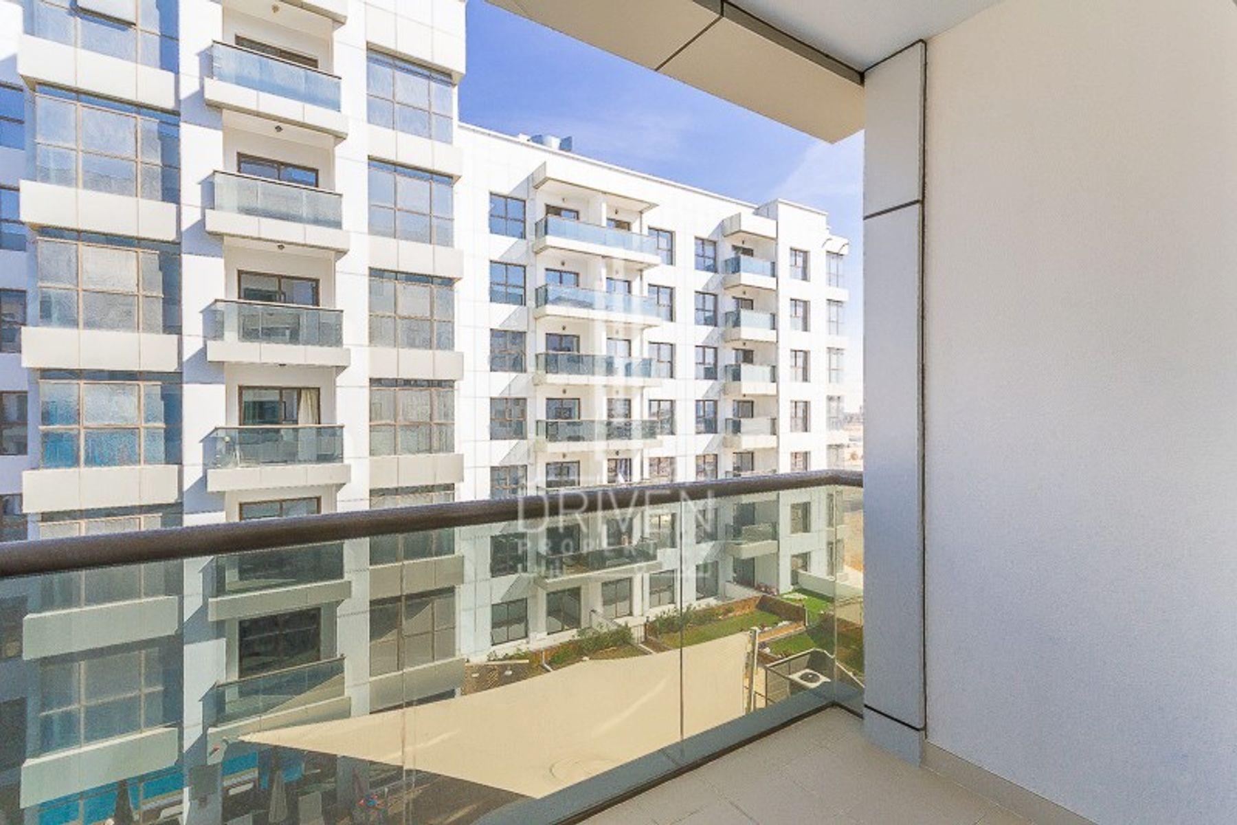 Apartment for Sale in Green Diamond 2 - Arjan