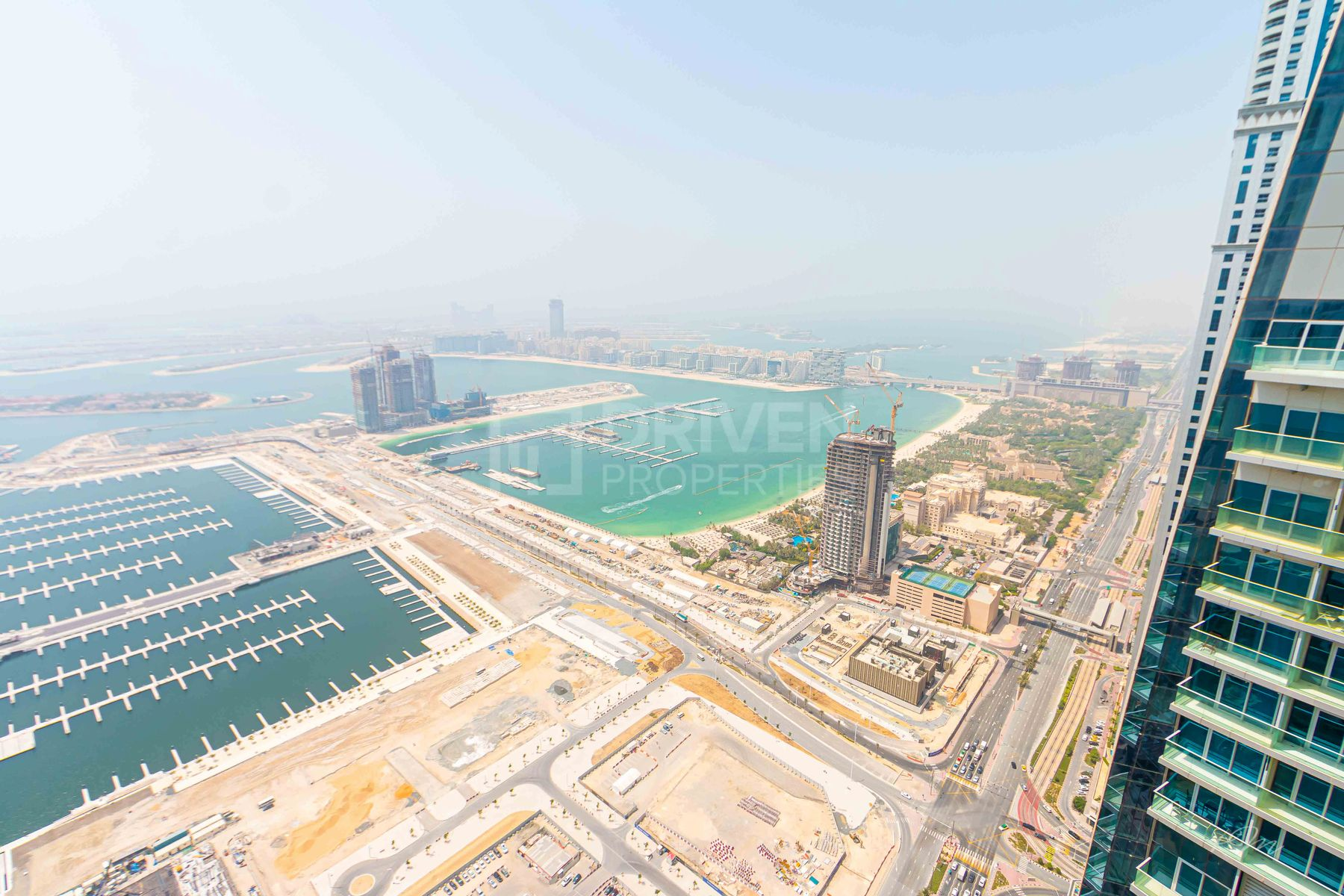 Apartment for Sale in Cayan Tower - Dubai Marina