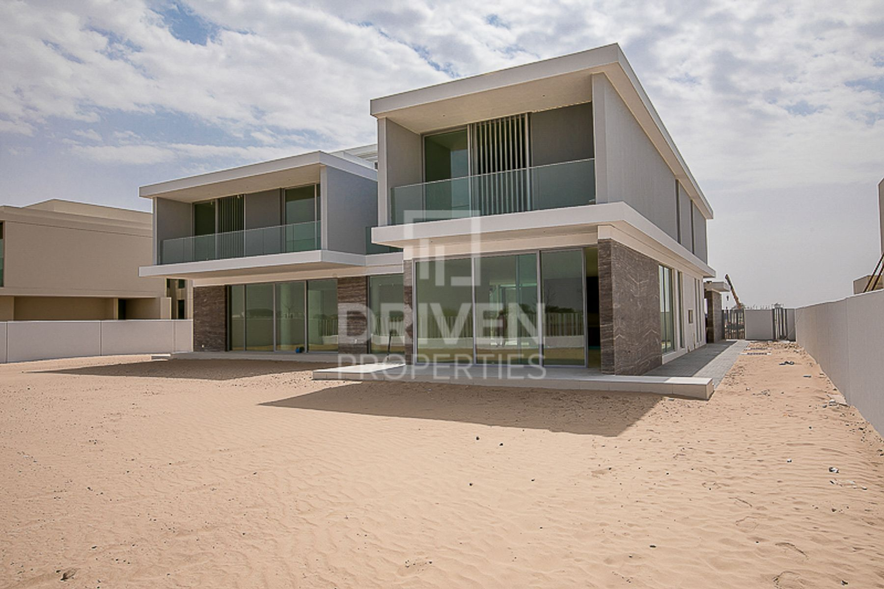 Brand New 6 Bedroom Villa Serene Location