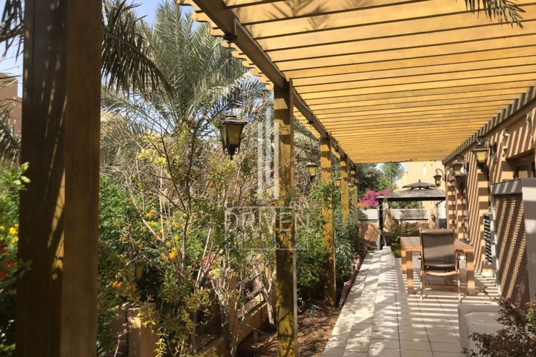 Villa for Sale in Phase 1 - Al Furjan