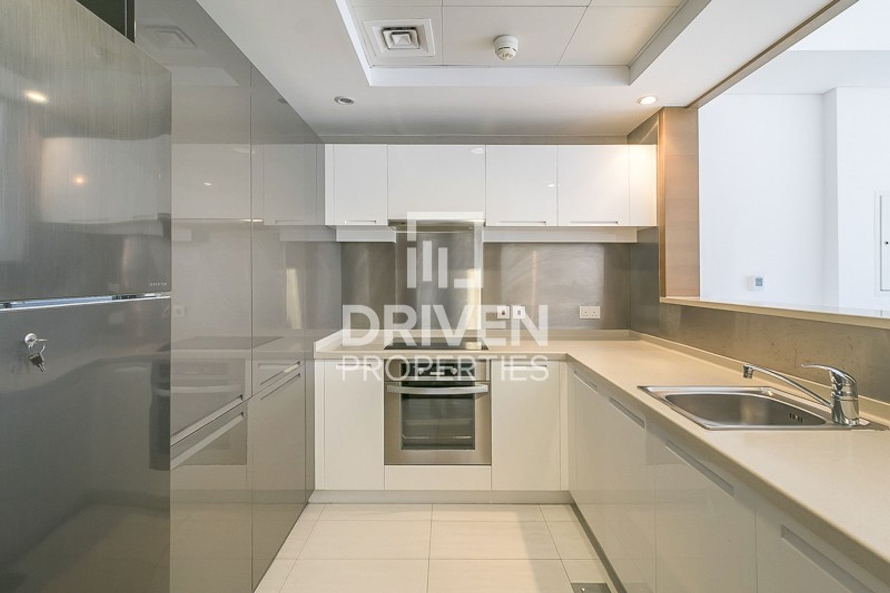 Amazing 1 Bedroom Unit in Downtown Dubai