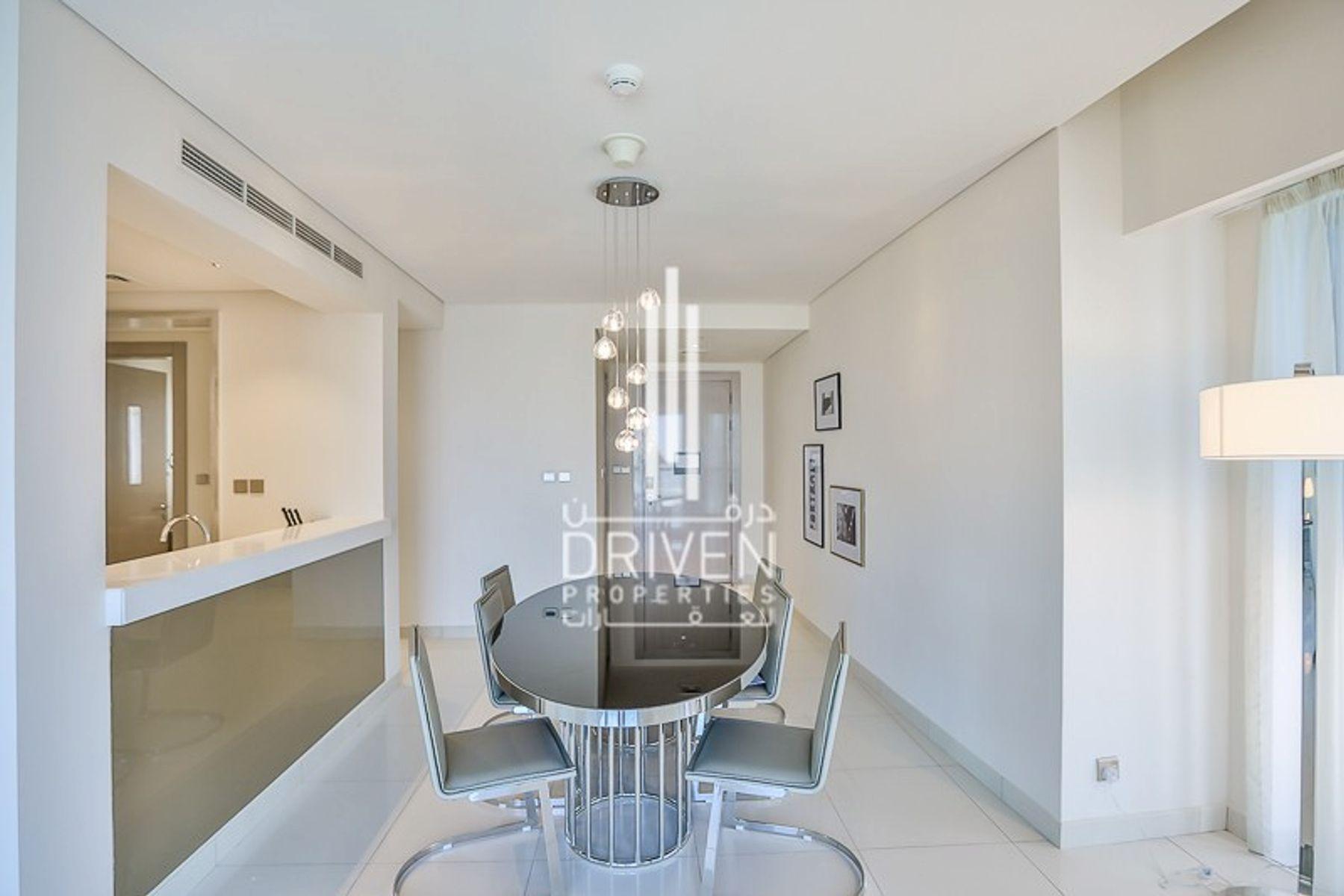 للبيع - شقة - D برج - الخليج التجاري