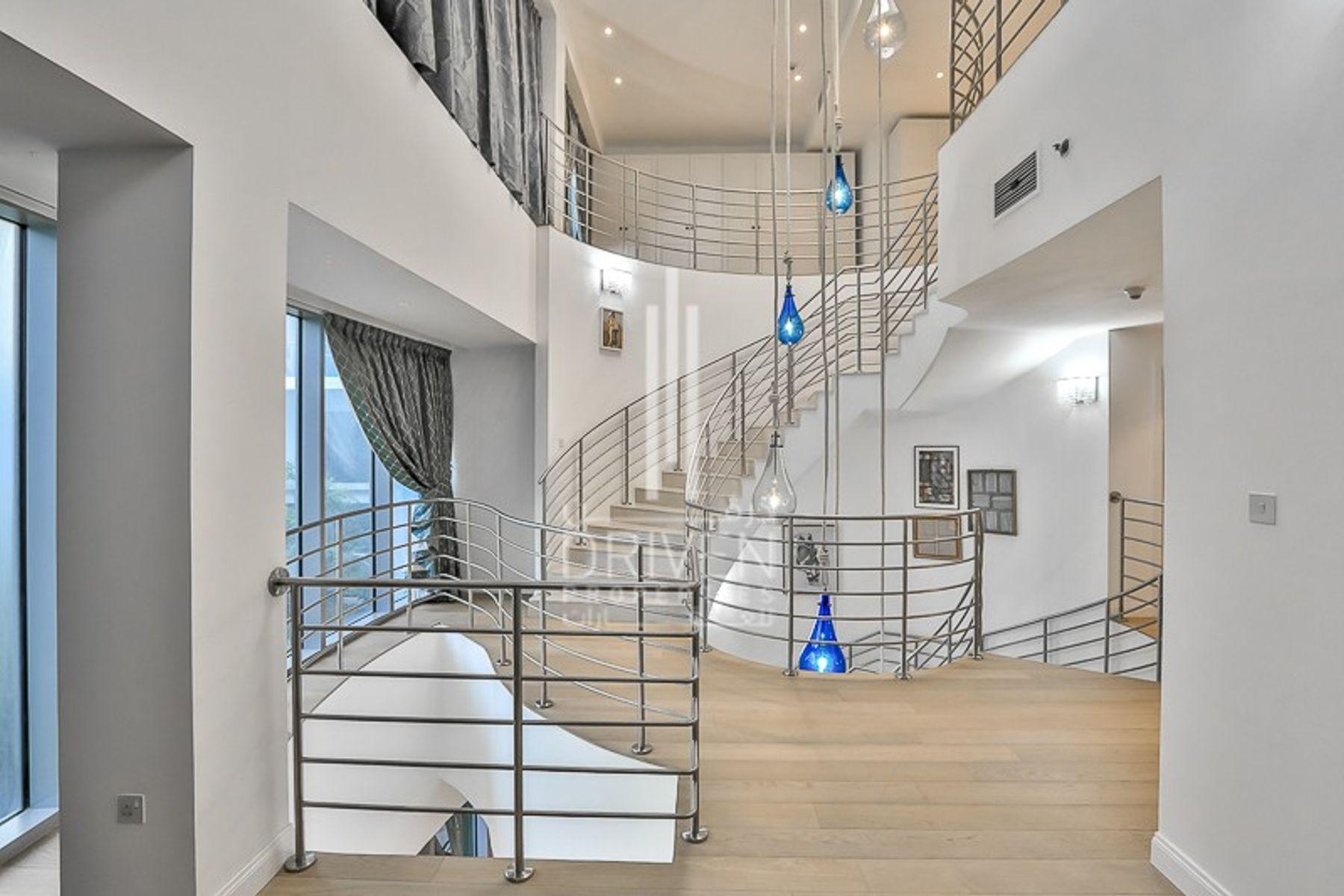 Villa for Sale in The Jewel Tower A - Dubai Marina