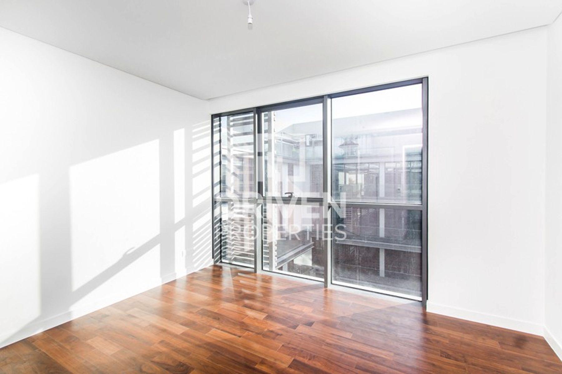 Duplex for Rent in Building 10 - City Walk