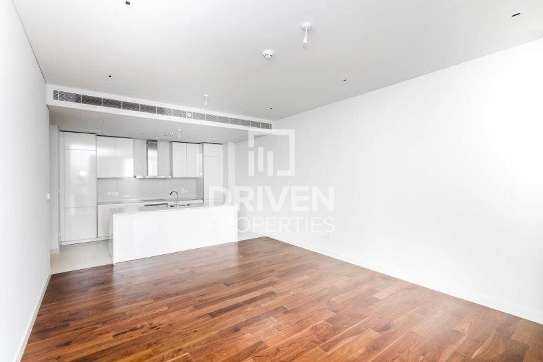Elegant and Spacious 1 Bedroom Apartment