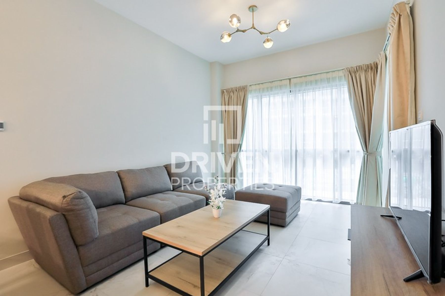 Fully Furnished, Best 1 Bedroom Apartment