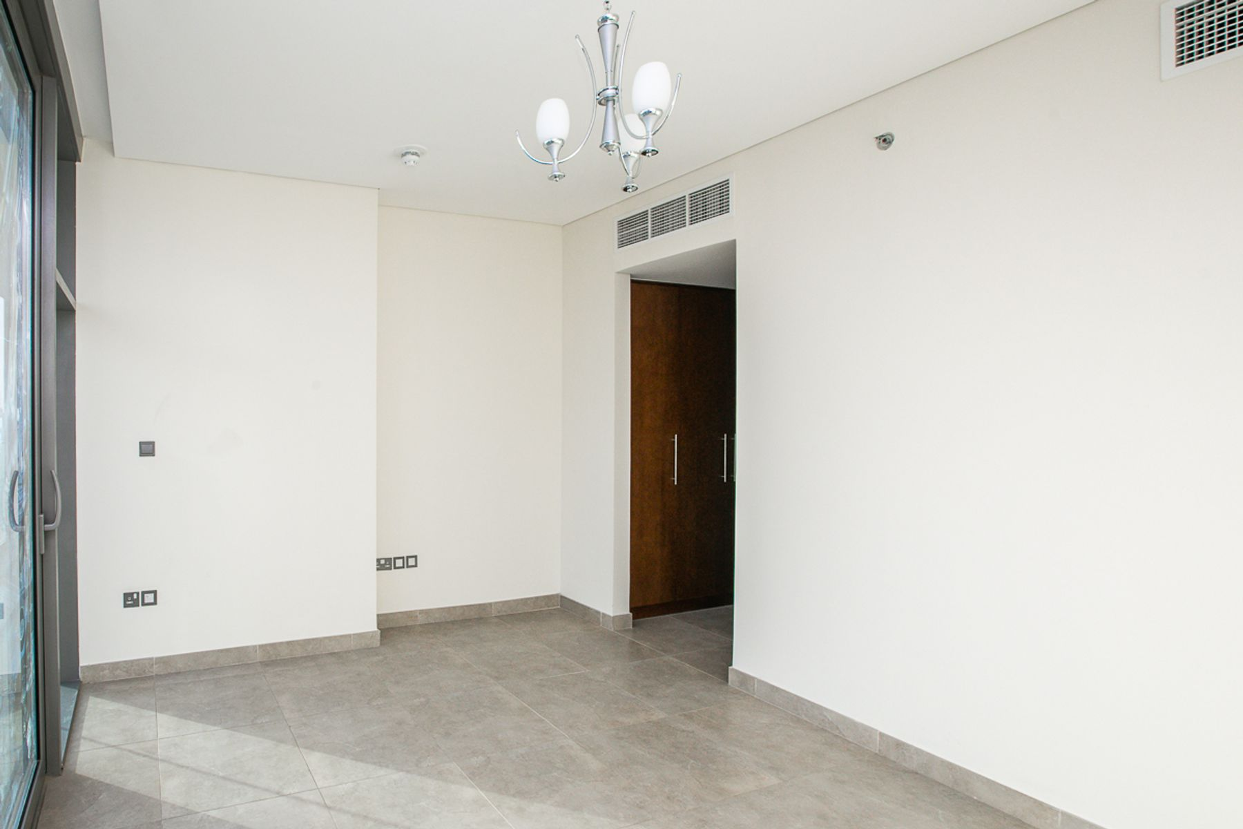 Spacious 2 Bed + Maids Ready to move