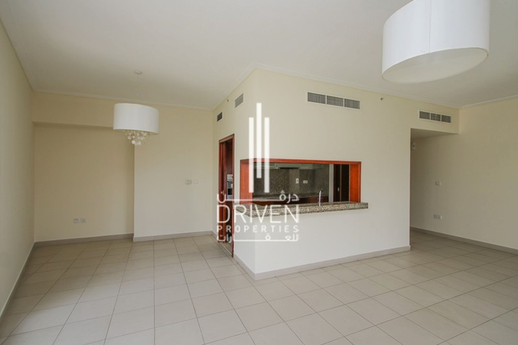 للبيع - شقة - البرج الجنوبي 4 - دبي وسط المدينة