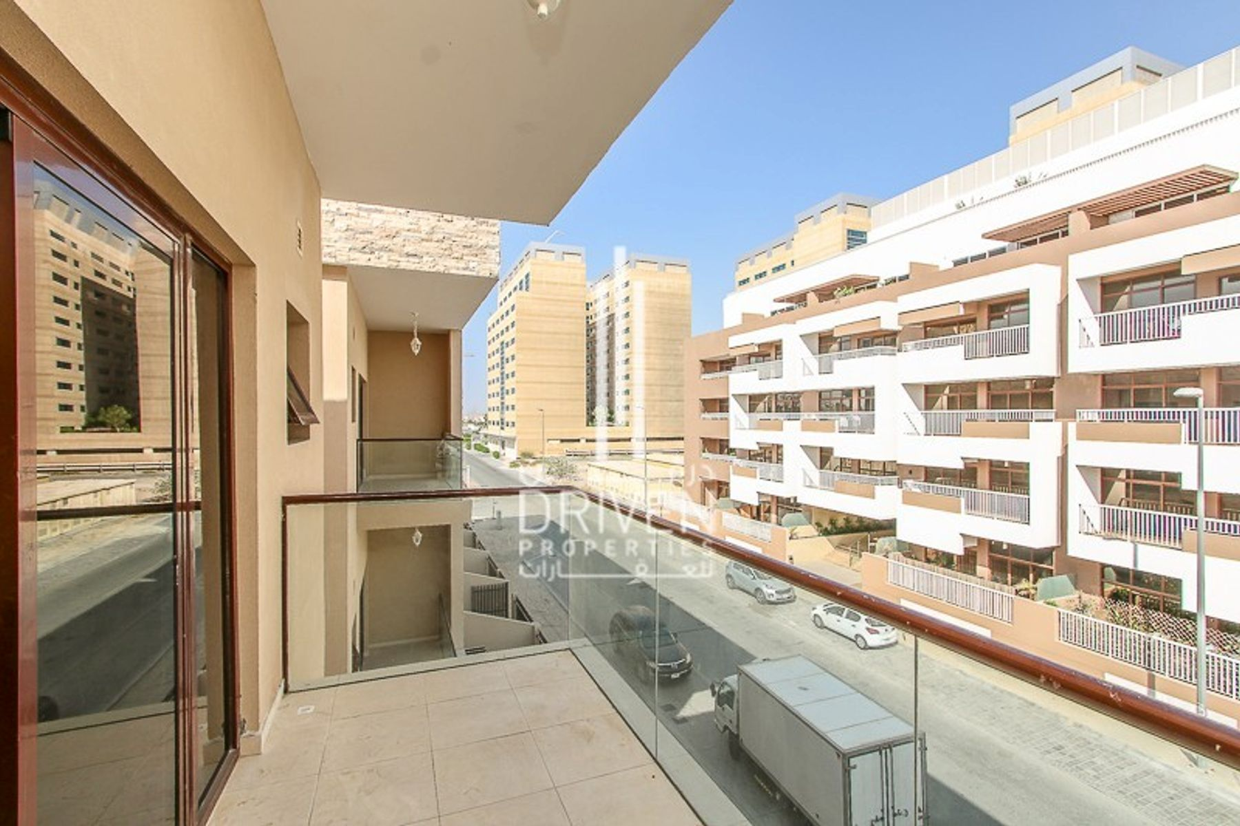 Spacious 4 Bedroom with Balcony and Lift