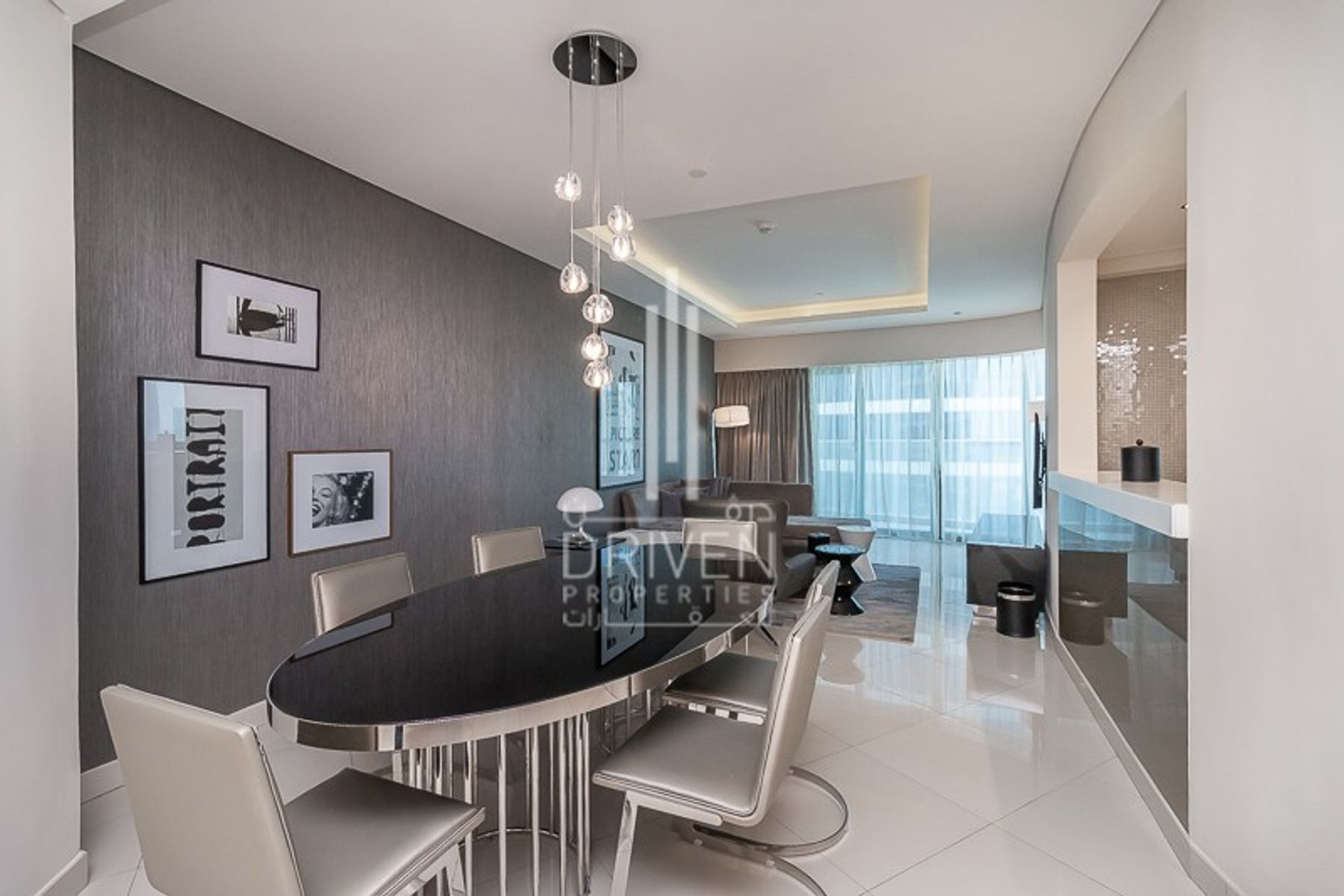 Elegant and Furnished Unit in High Floor