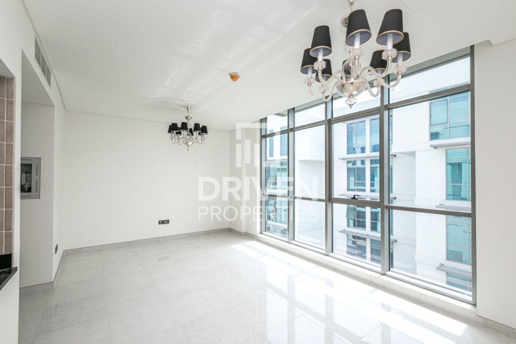 Modern 1 Bedroom Apartment | Best Location