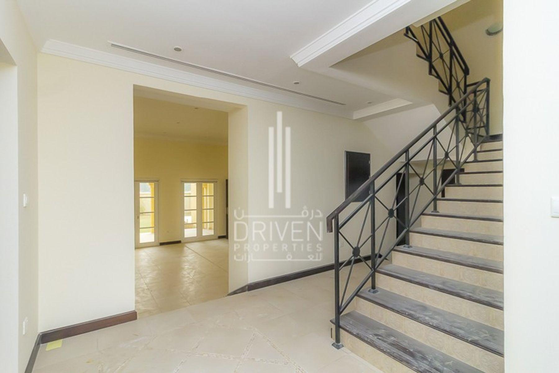 Huge-Layout 5 Bedroom Villa | Best Priced