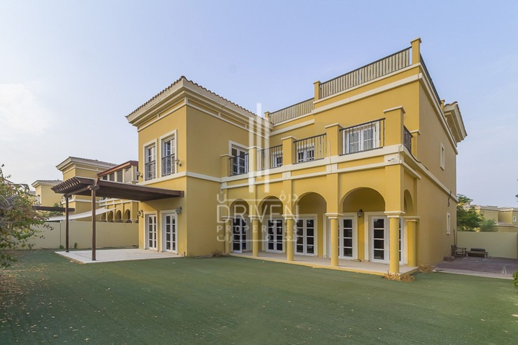 Best Priced, Huge-Layout 5 Bedroom Villa