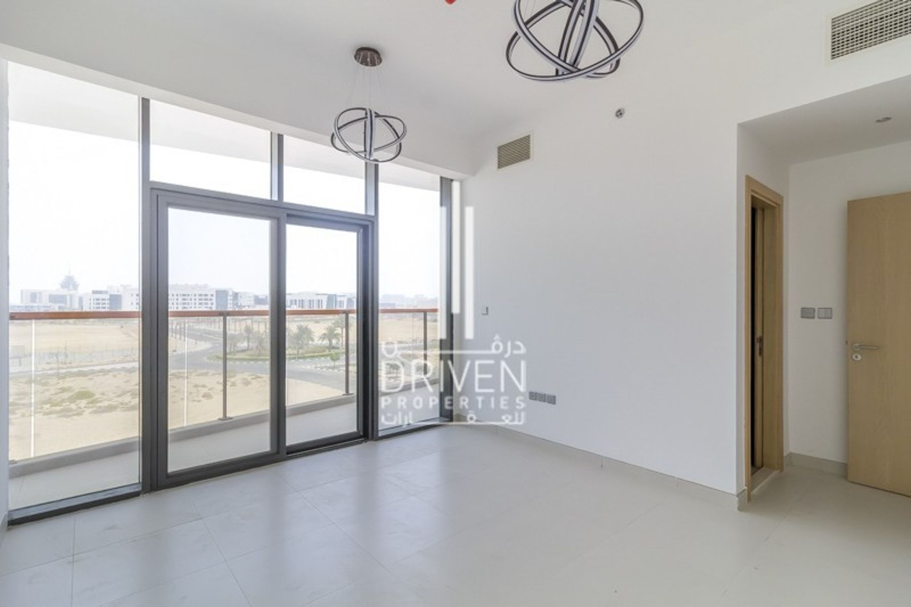 New and Stunning 2 Bed Unit, 1 Month free