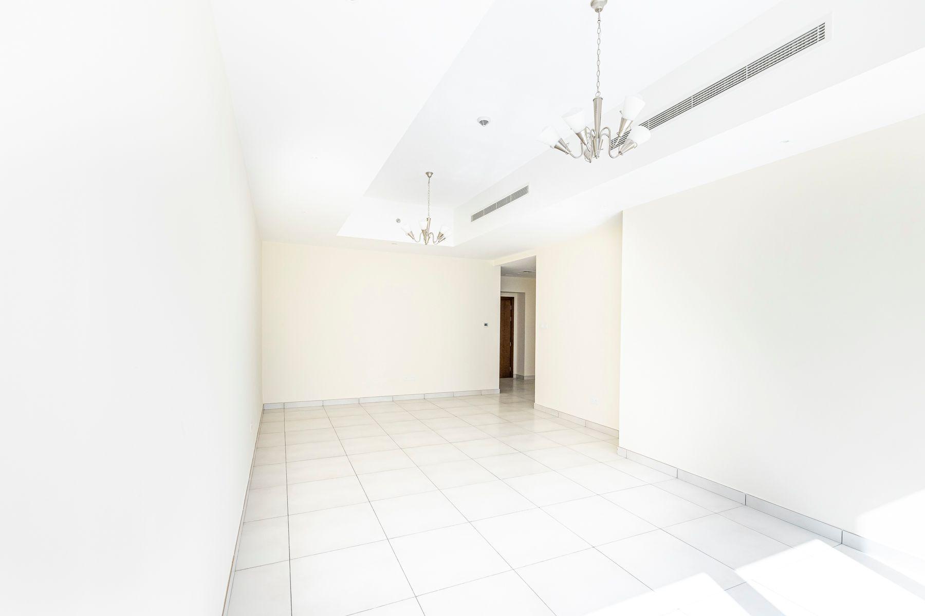 1,382 قدم مربع  شقة - للايجار - Business Bay