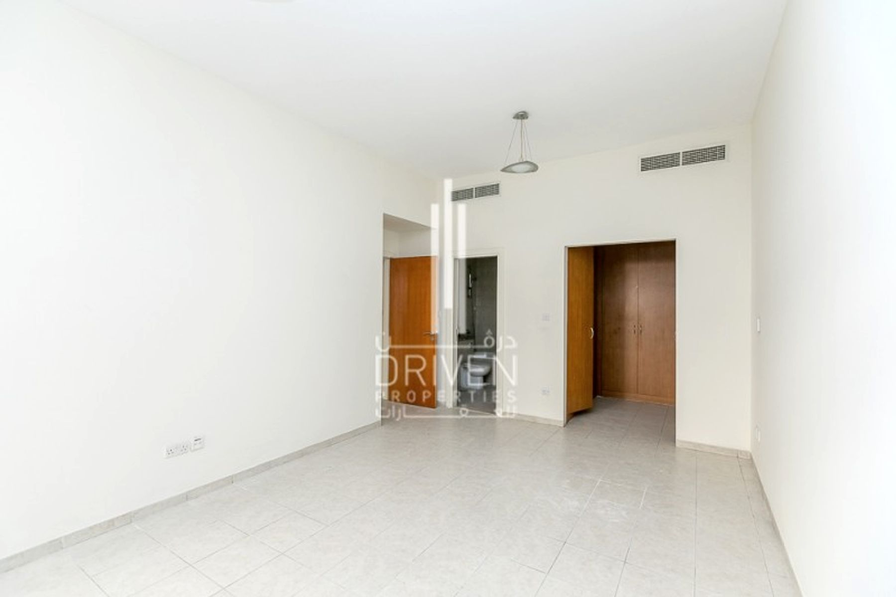 Apartment for Sale in , Greens