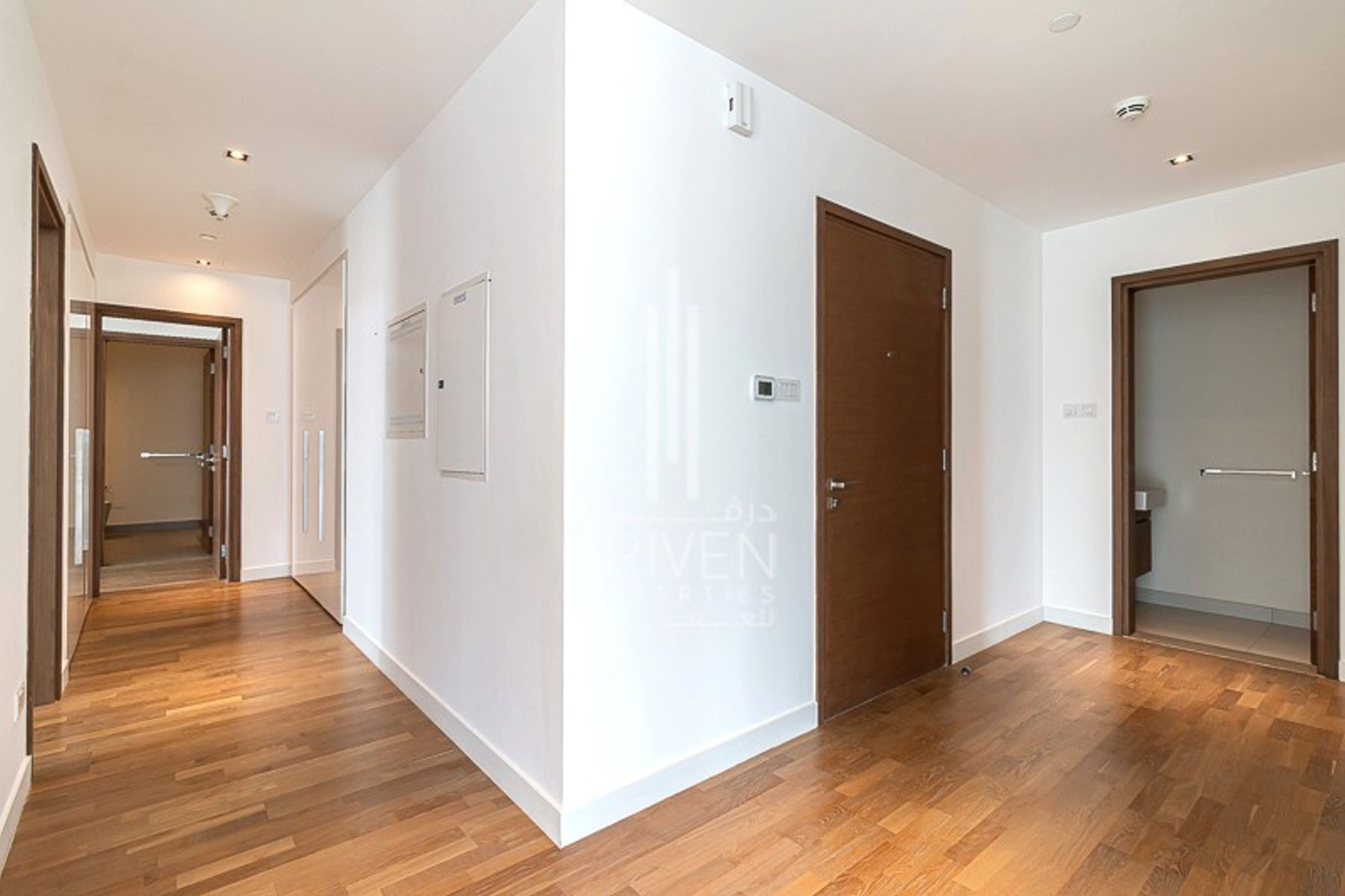 Largest Layout and Corner 2 Bed for Sale