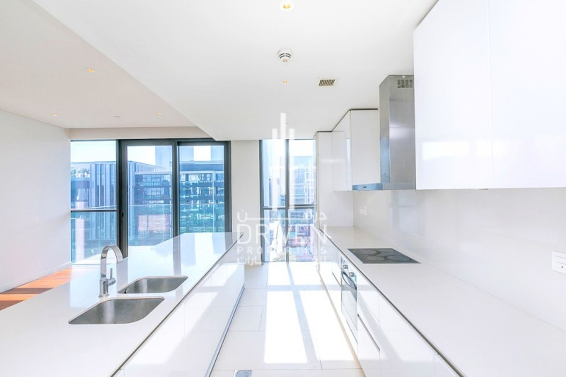 Rare 4 Bed Apartment with Courtyard View
