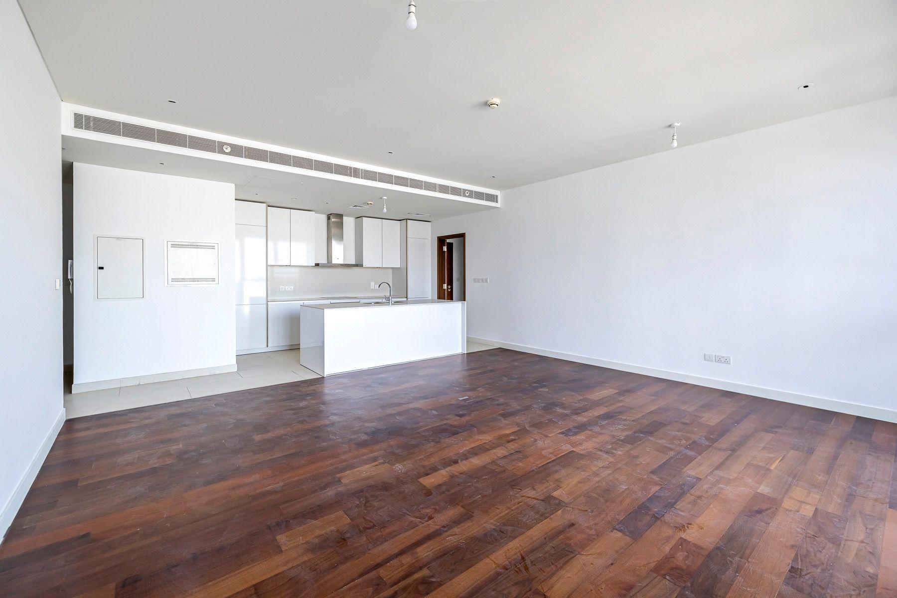 1,737 قدم مربع  شقة - للايجار - سيتي ووك
