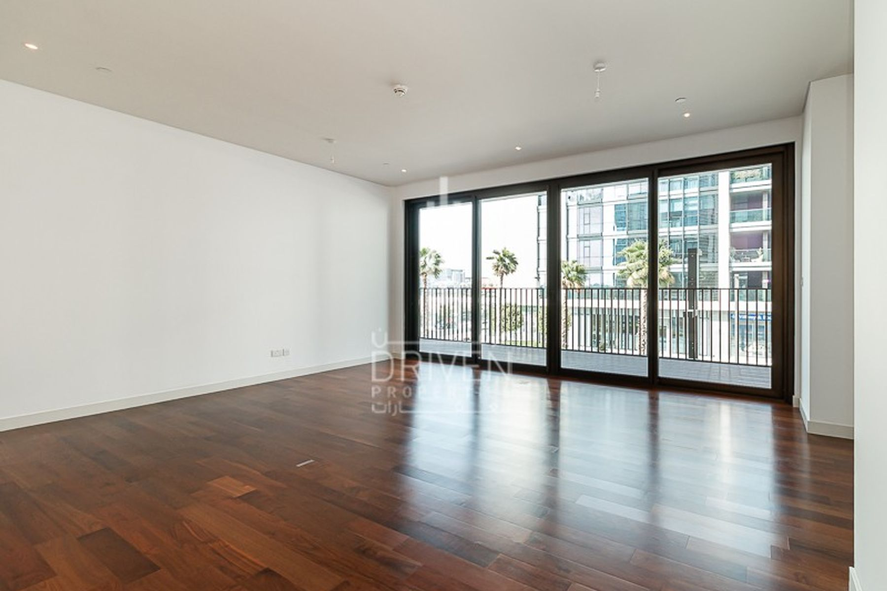 Lovely and Well-priced Unit in City Walk