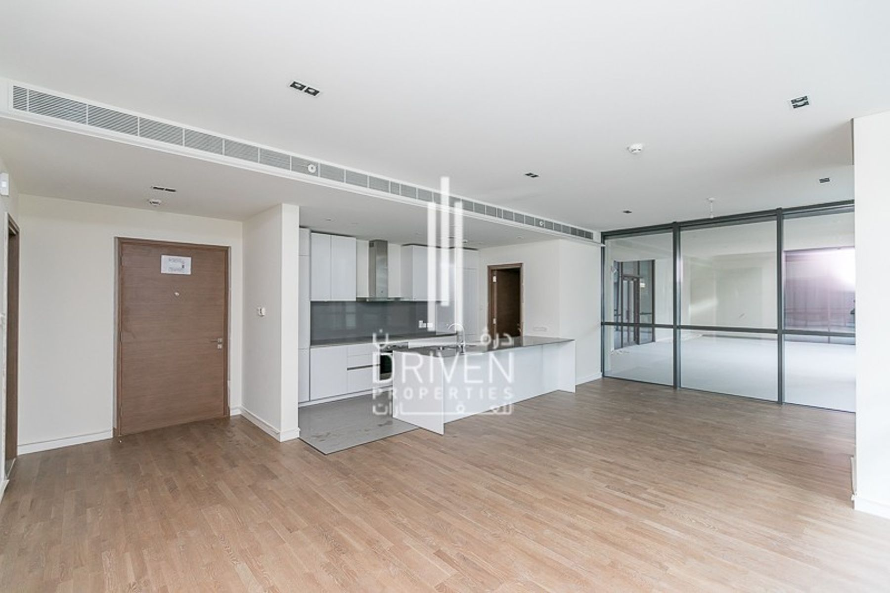 Spacious Unit | Best Location | City Walk