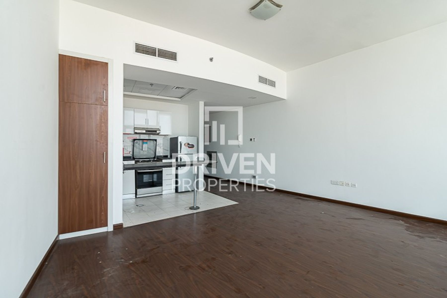 Amazing Studio Apartment with 1 Month Free