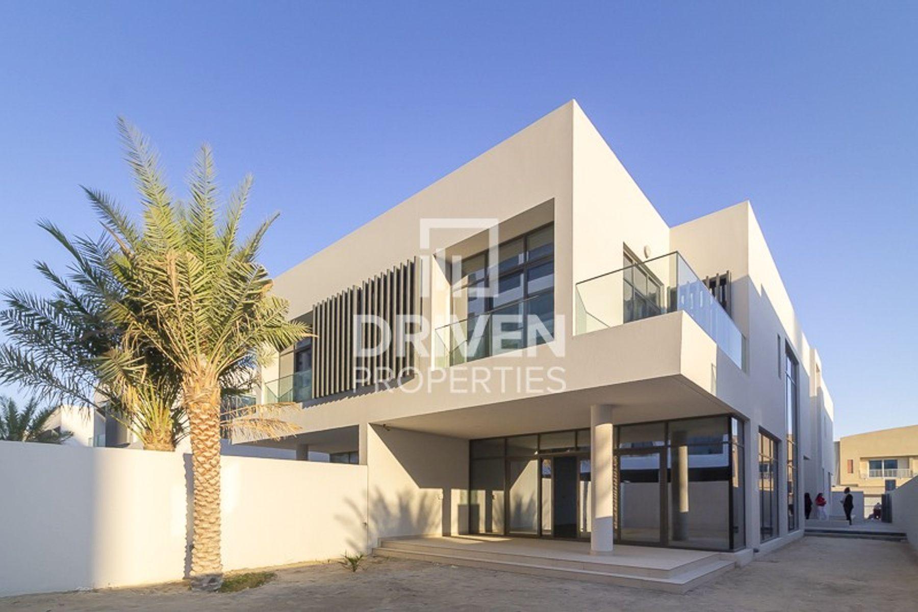 Brand New | 5 Bed Villa | with Private Garage
