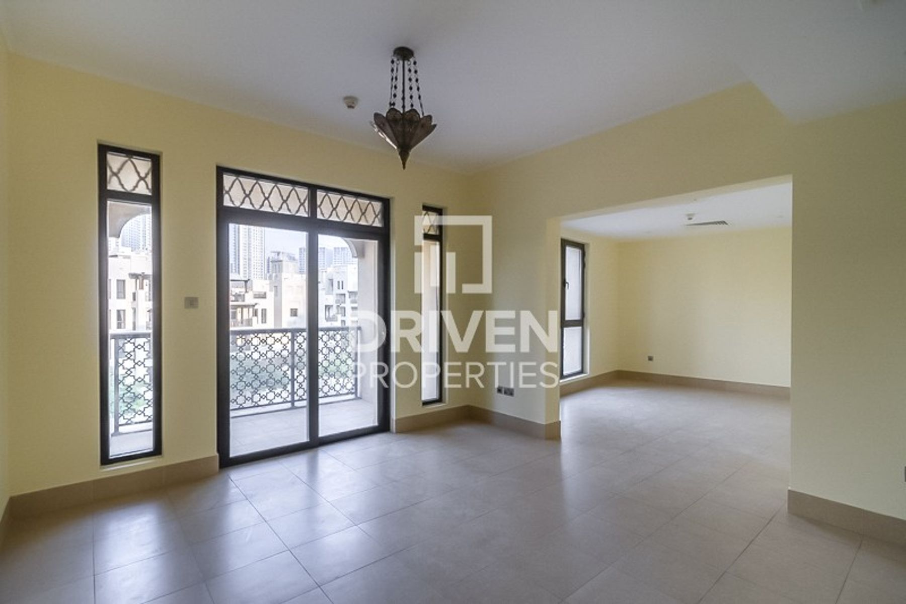 Spacious 1Bed Apartment | Prime Location