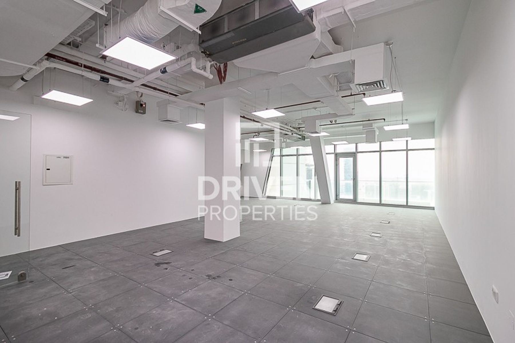 Office for Rent in Iris Bay - Business Bay