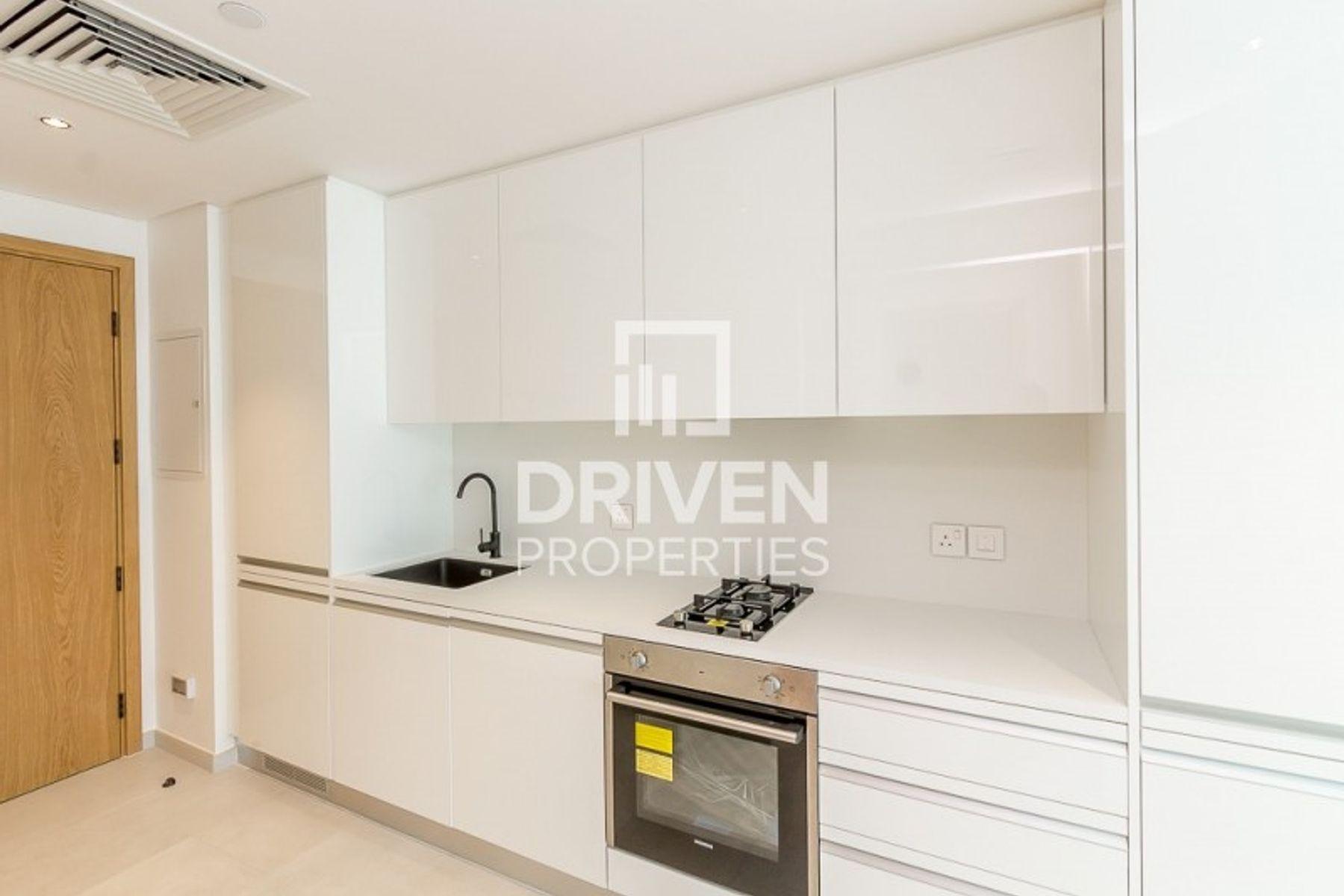 Spacious | Studio Apartment | Prime Location