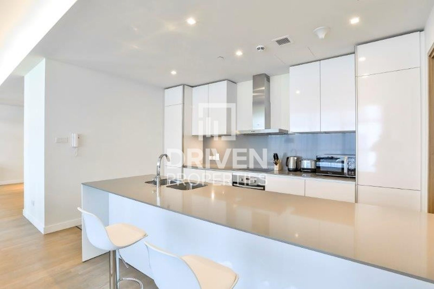 Apartment for Rent in Building 11A - City Walk
