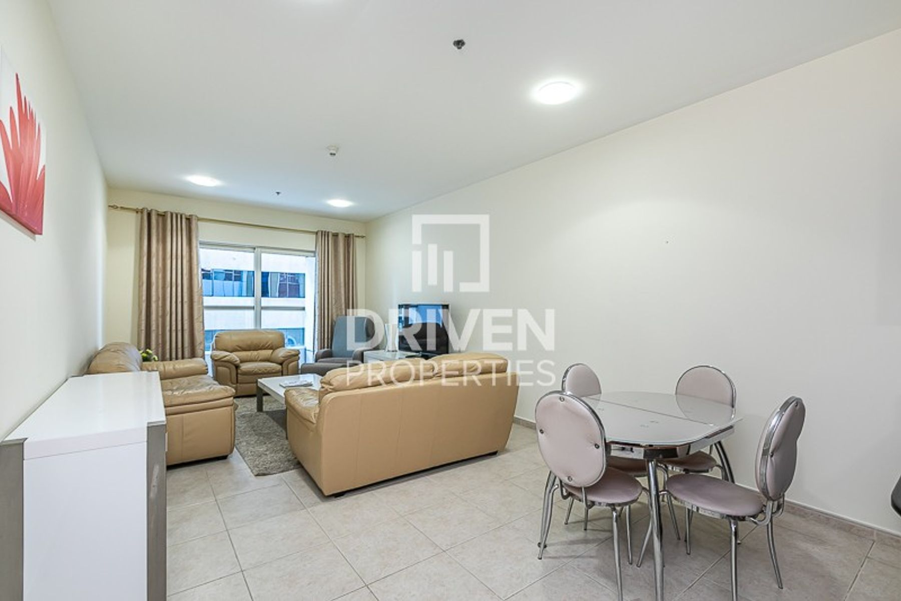Bright Furnished Unit | Partial Sea View