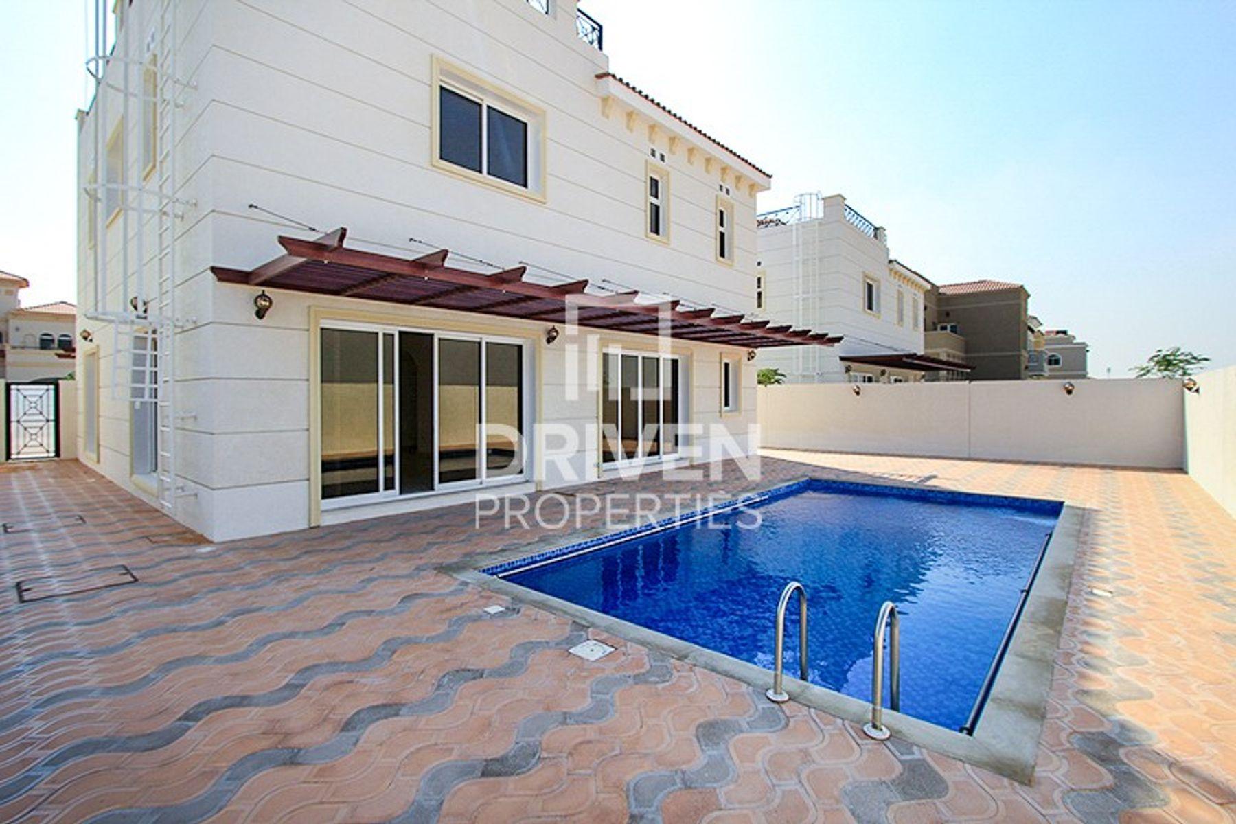 Villa for Sale in The Centro, The Villa