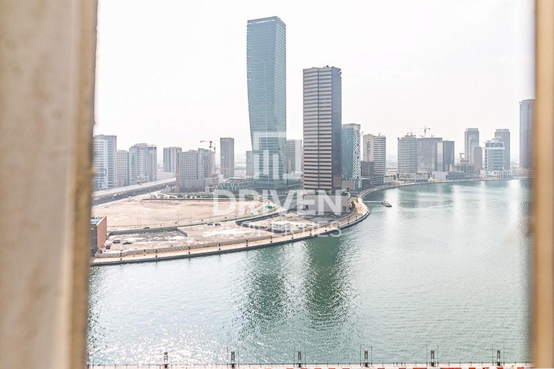 للايجار - مكتب - برج وستبيري 1 - الخليج التجاري