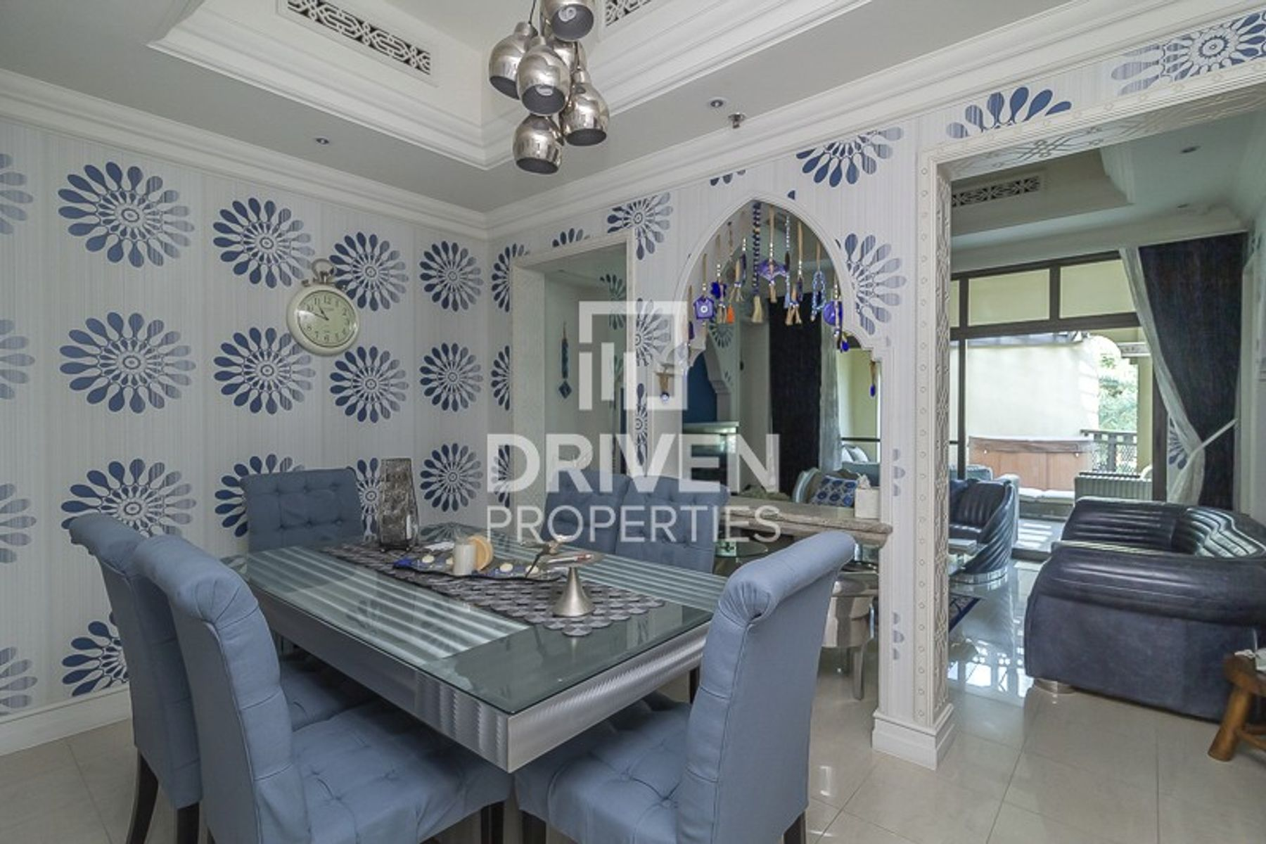 Furnished and Well-kept Unit | Lake View