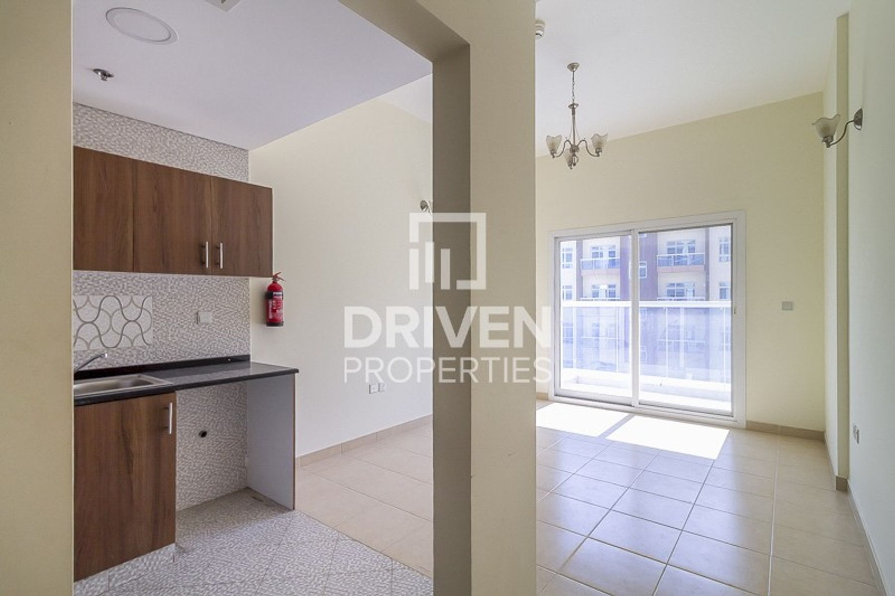 Remarkable-priced and Close to Souq Mall
