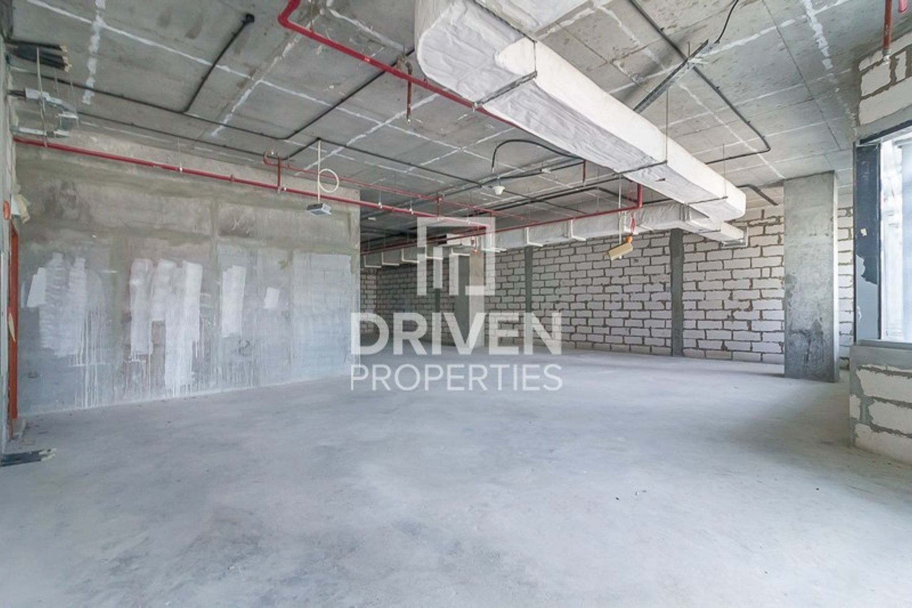 Best Lay-out and Spacious Office for Sale