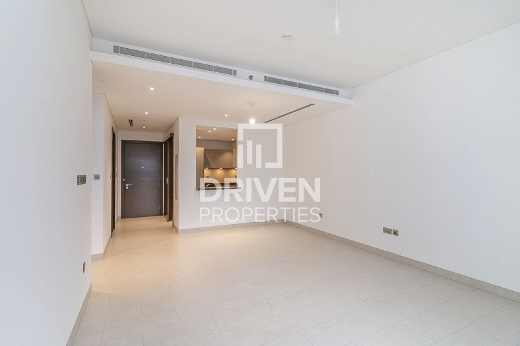 Brand New Spacious Apartment | Pool View