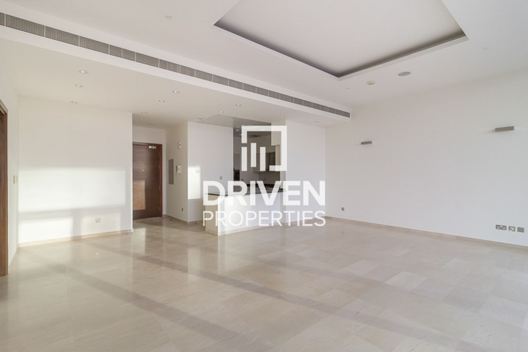 Great Offer 1 Bed Apt | Partial Sea View