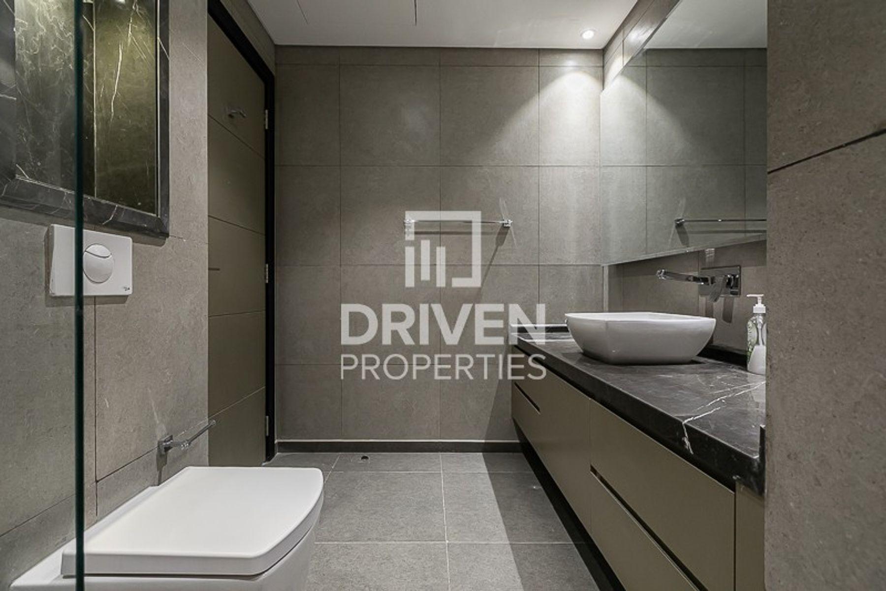 للبيع - شقة - جاليريز في ميدان افينيو - ميدان