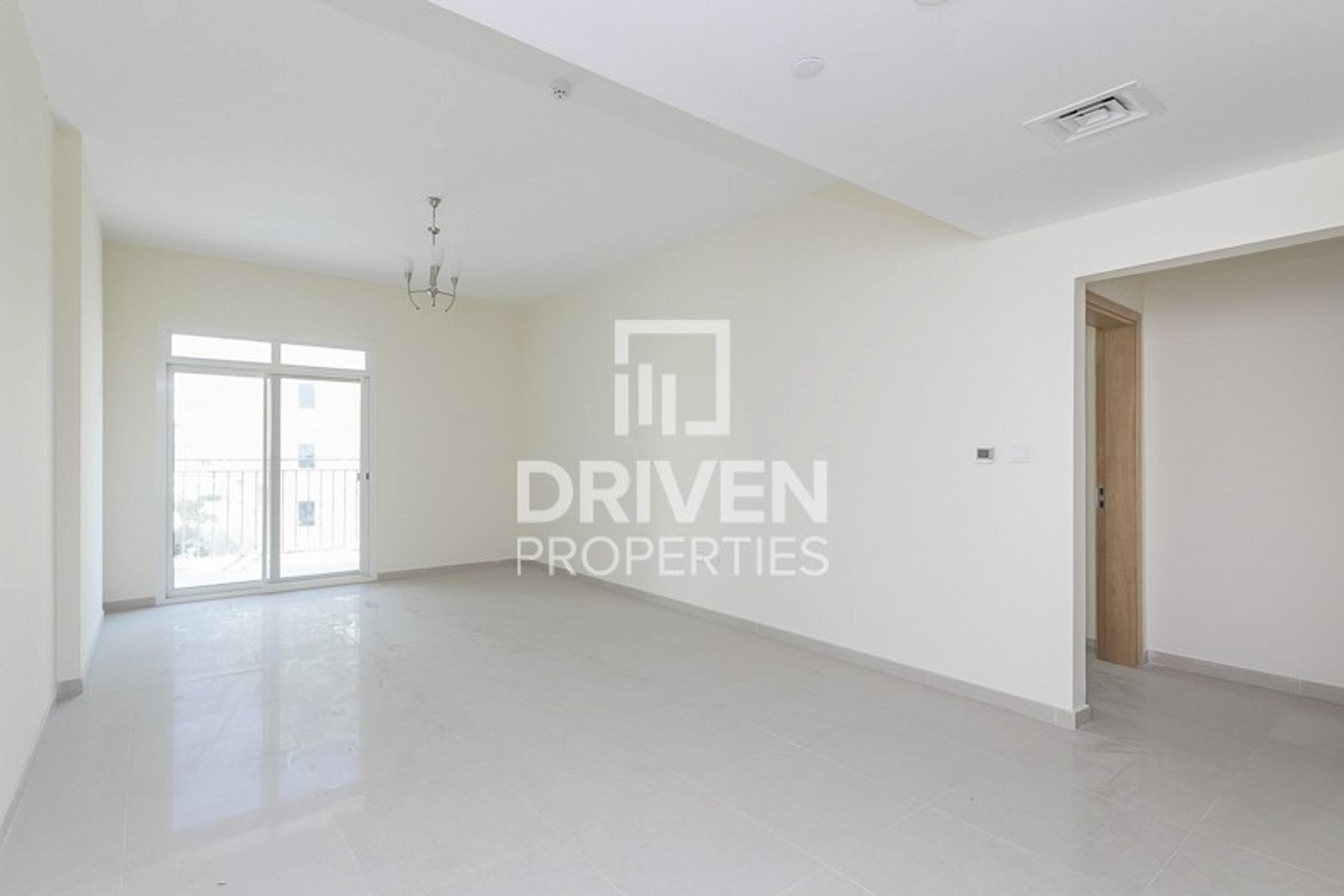 Huge Layout 1 Bed Apartment, 1 Month Free