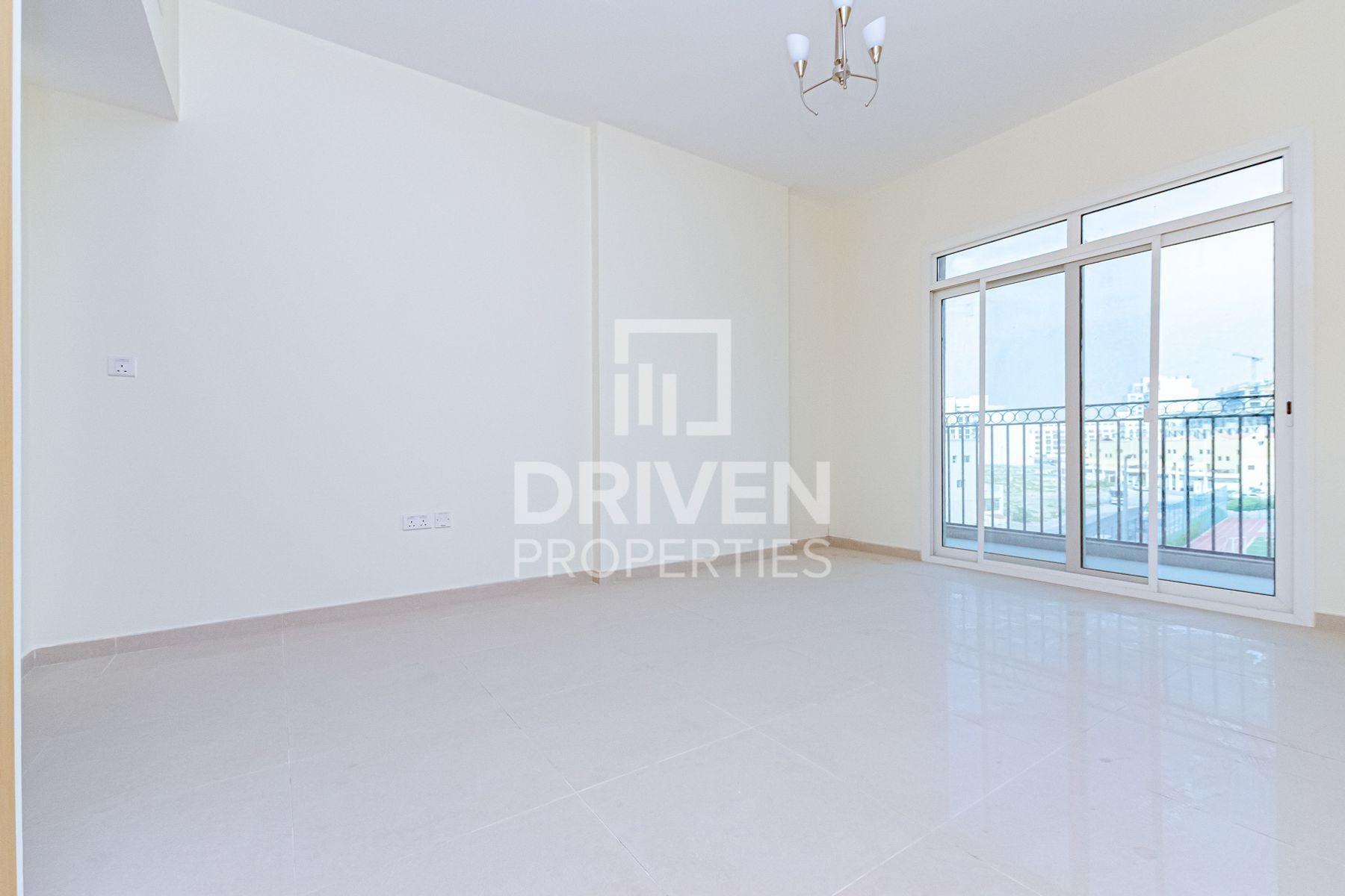 New Studio with Balcony   Prime Location