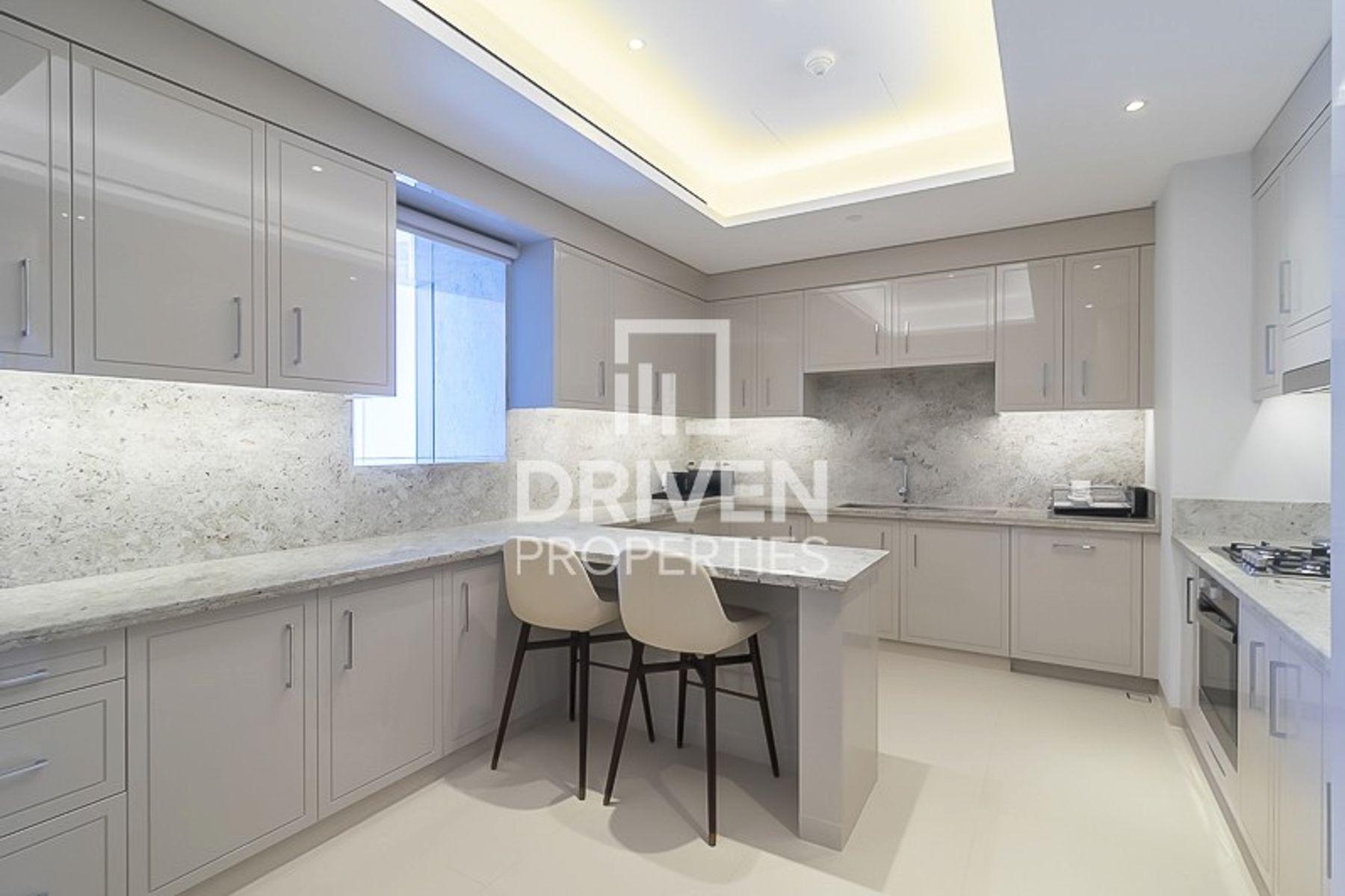 Unique Apartment with Amazing Burj Views